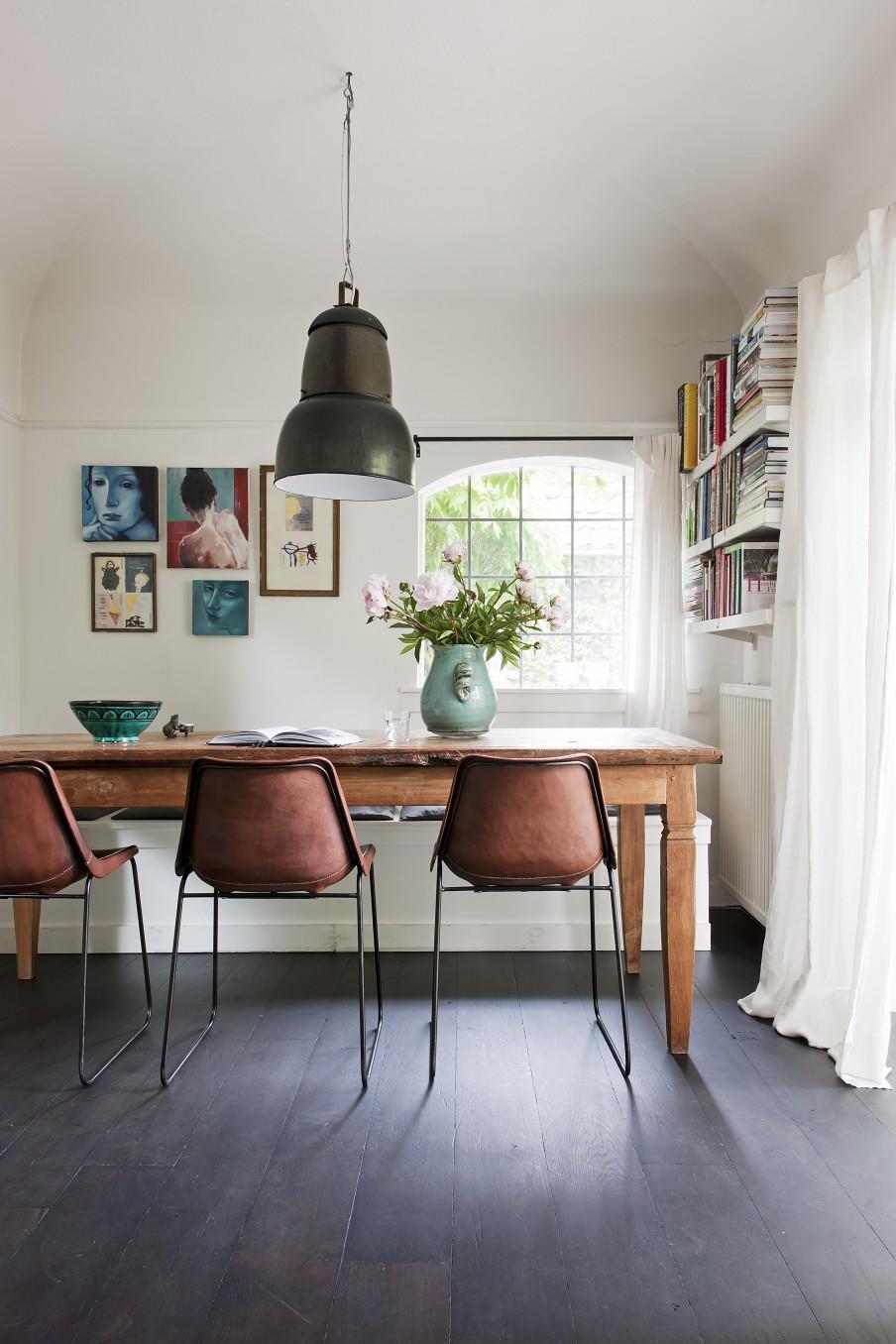 Meubels in de eetkamer voor gezellige avonden tafelen for Innendekoration tagerwilen