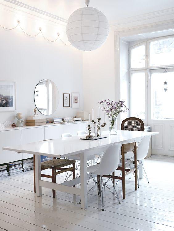 Meubels in de eetkamer voor gezellige avonden tafelen interieur inrichting - Deco voor eetkamer ...