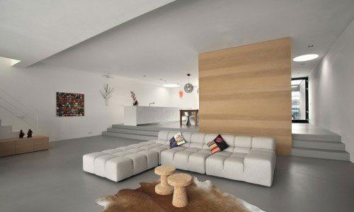 Minimalistische open woonkamer