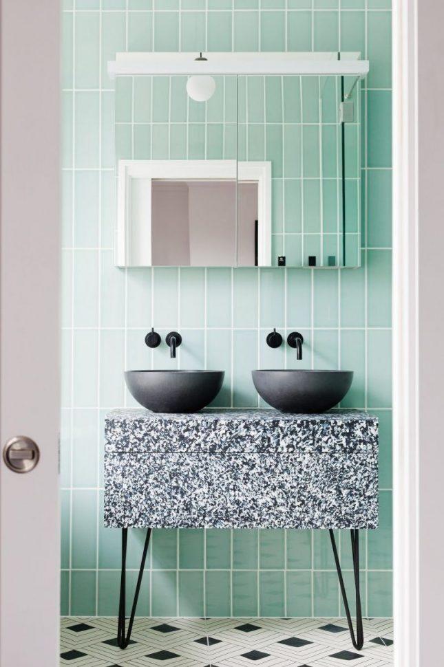 mintgroen interieur groene tegels badkamer