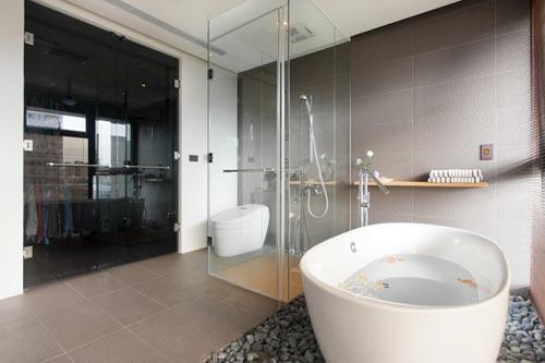 ... badkamer inspiratie moderne badkamer natuursteen ovaal bad zen zen