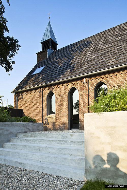 moderne-interieur-inrichting-voormalige-kerk20