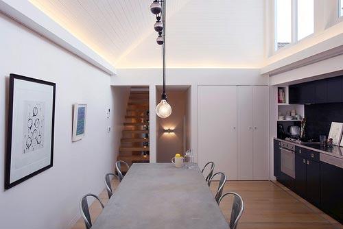 Moderne Keuken met schuifdeur