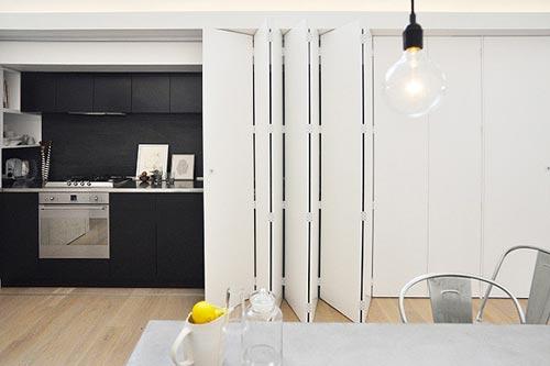 Moderne Keuken met schuifdeurInterieur inrichting | Interieur inrichting