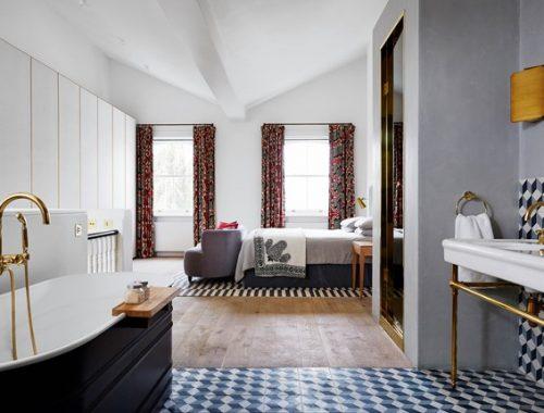 Moderne klassieke badkamer in Herenhuis