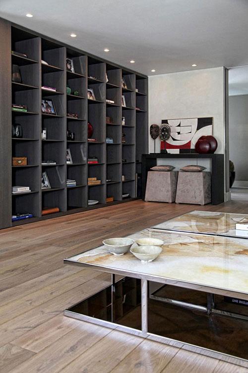Woonkamer met grijze bakstenen muur interieur inrichting review ebooks - Woonkamer inrichting ...