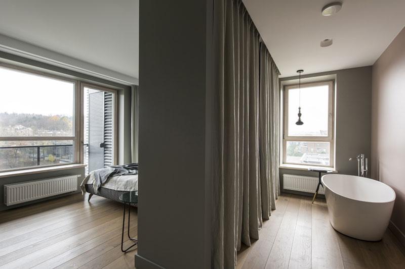 Slaapkamer En Suite : Moderne slaapkamer suite met inloopkast en badkamer interieur