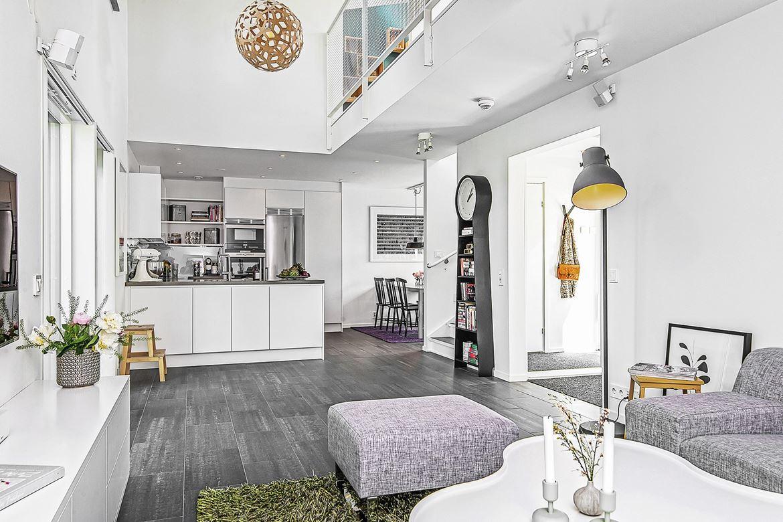 http://www.interieur-inrichting.net/afbeeldingen/mooie-nieuwbouw-woonkamer-uit-stockholm-3.jpg