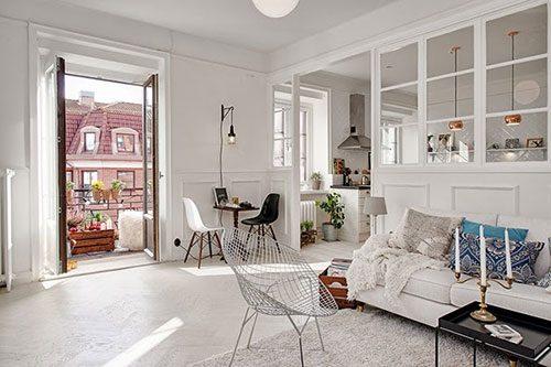 Mooie scheidingswand tussen woonkamer en keuken