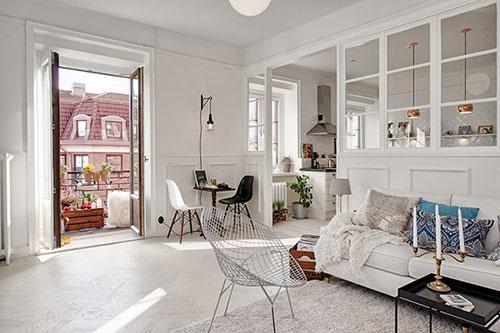 Mooie scheidingswand tussen woonkamer en keuken | Interieur inrichting