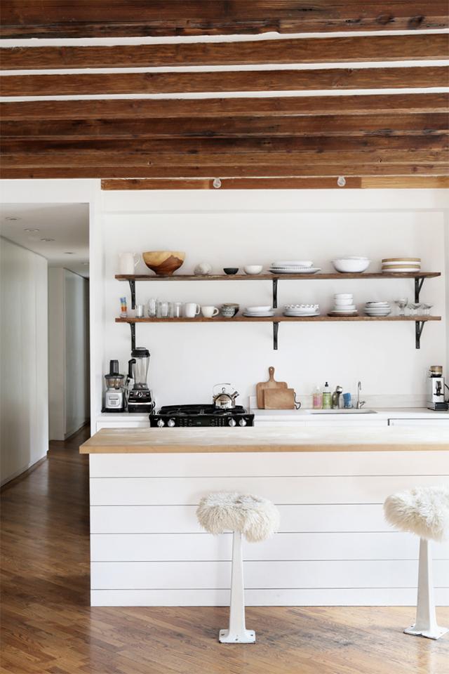 Mooie woonkamer in hoekappartement van wellness guru for Mooie woonkamer inrichting