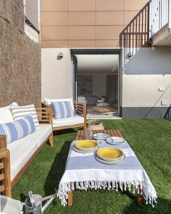 Nieuwe woonkamer in souterrain én nieuwe tuin!