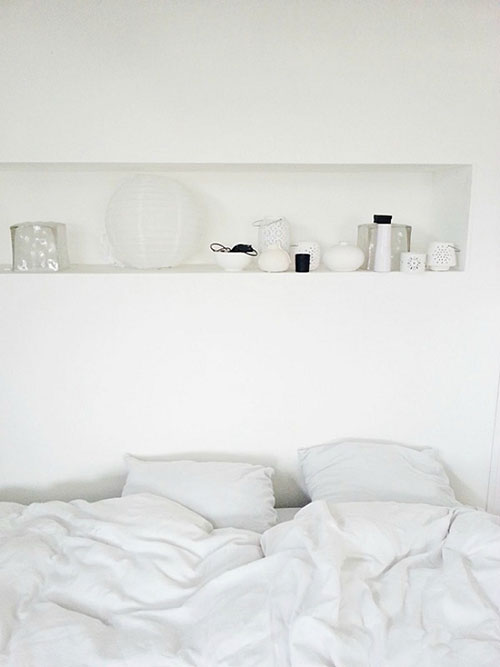Nisjes in de slaapkamer muur