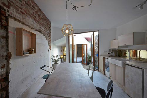 Onbewerkte Rauwe Muren : Rauwe interieur van dolls house interieur inrichting
