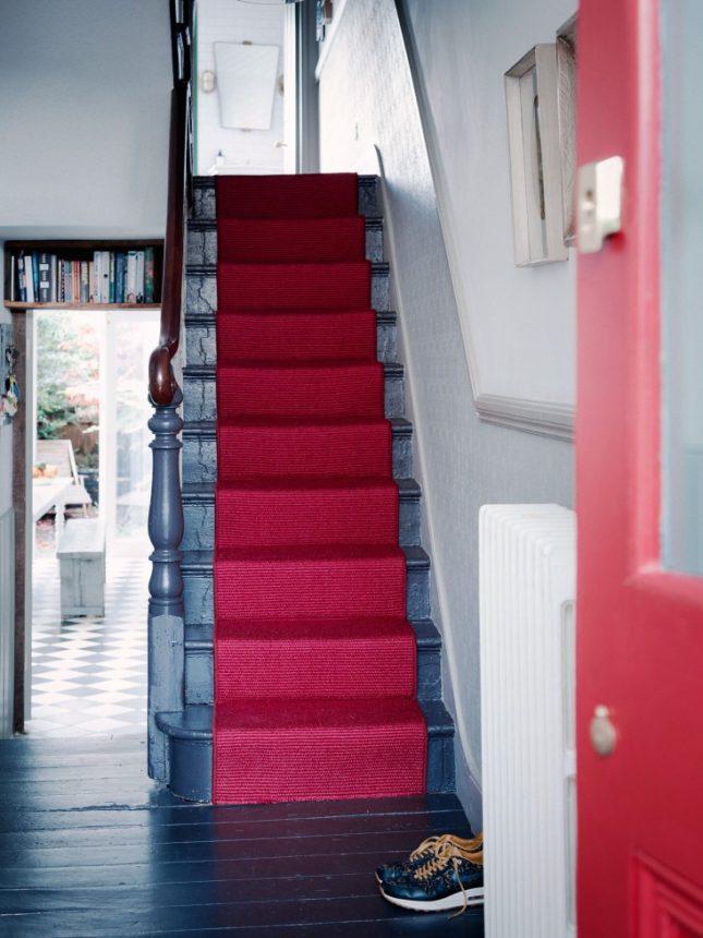 rode traploper blauwe trap