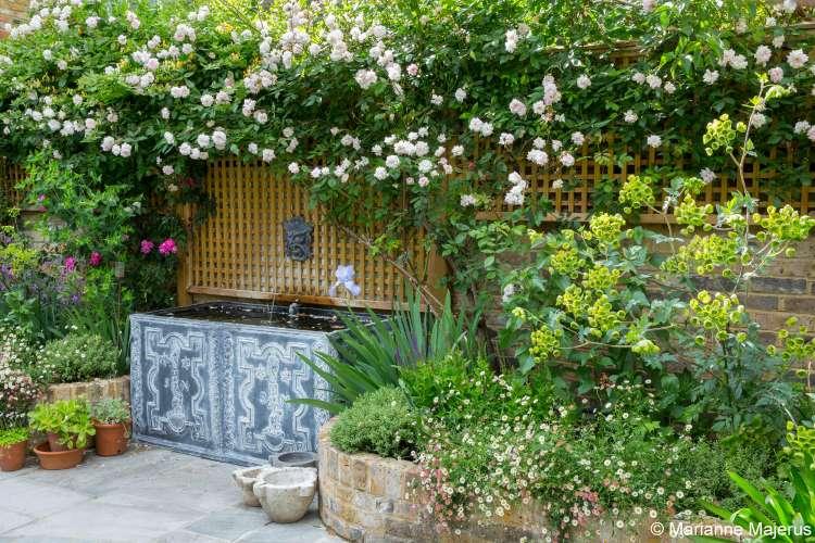 romantische tuin waterornament