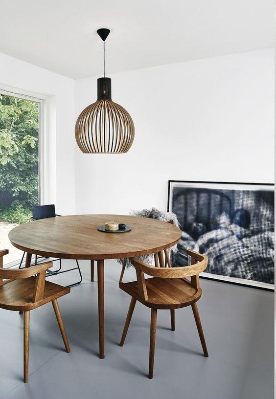 ronde-eiken-houten-eettafel