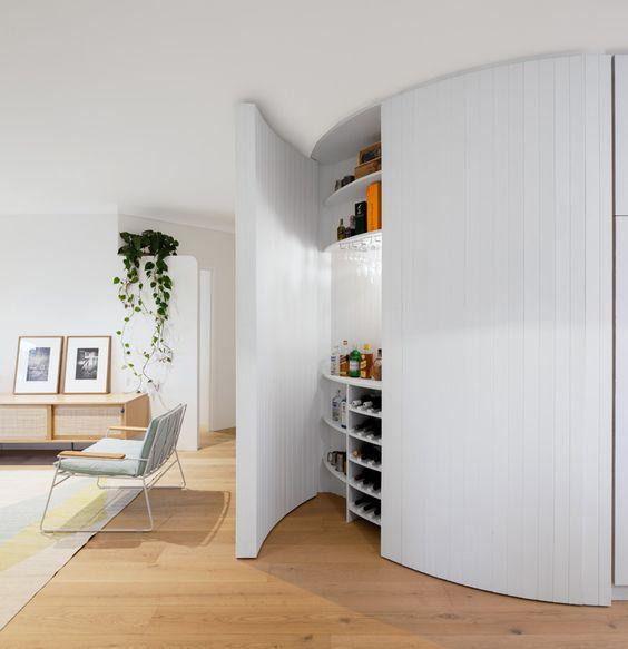Interieurs met rechte muren zijn het meest eenvoudig in te for Inrichting interieur