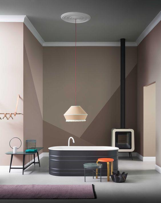 roze-geometrische-vormen-muur