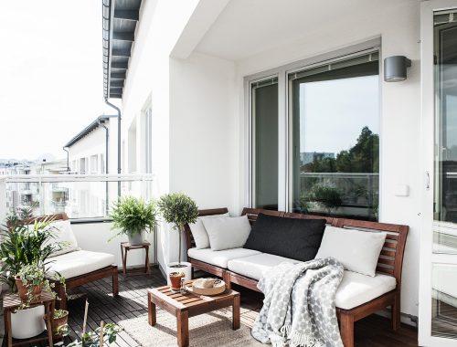 Ruim balkon aan de woonkamer