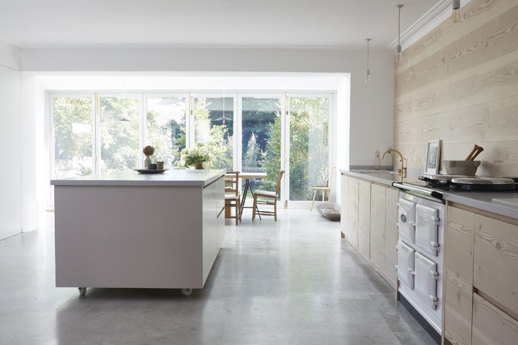 ruime-lichte-keuken-kelder-3
