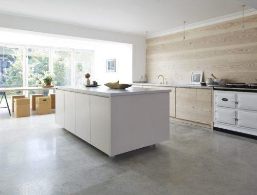 ruime-lichte-keuken-kelder