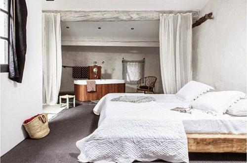 Rustieke slaapkamers in landelijk Frankrijk | Interieur inrichting