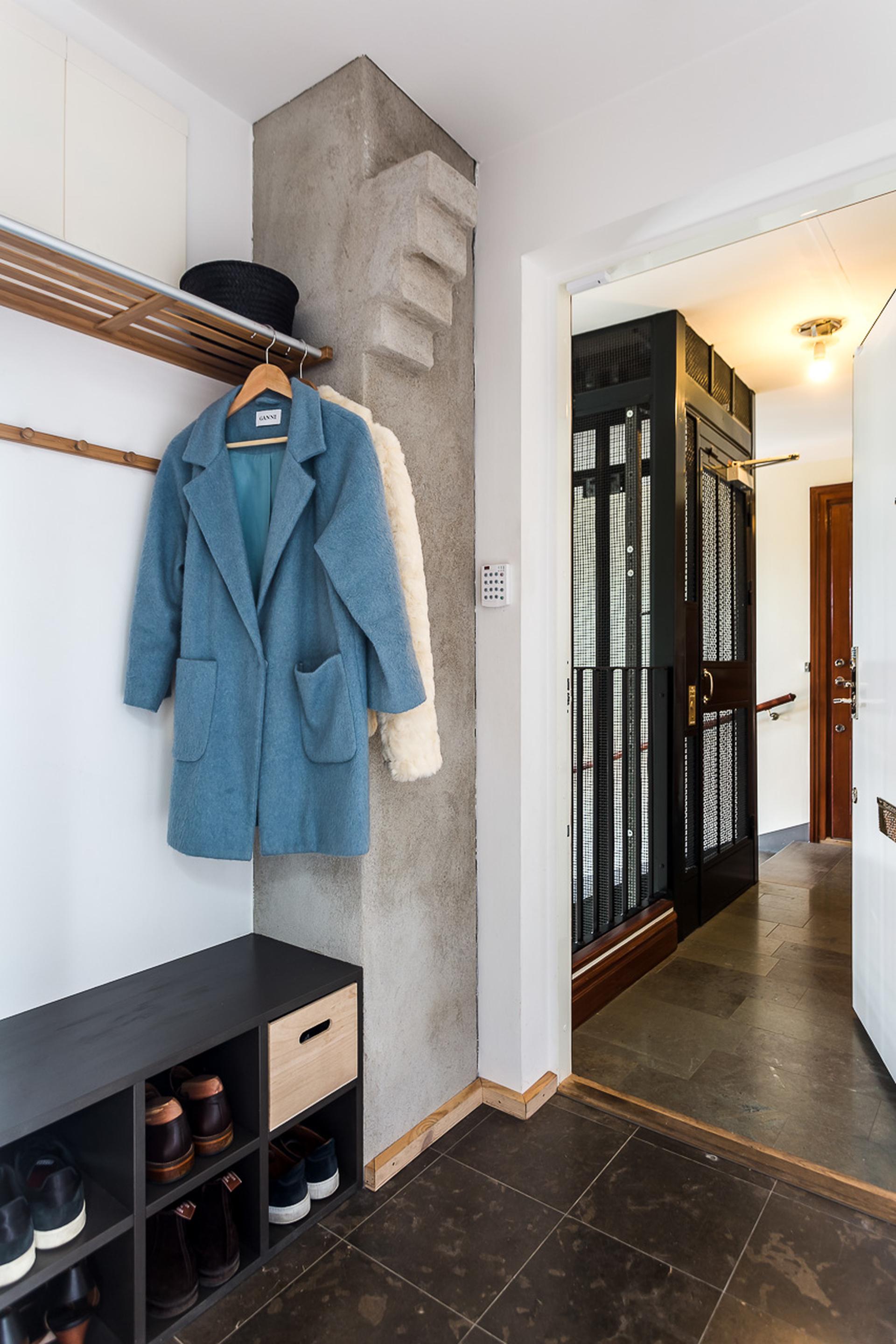 Scandinavisch duplex appartement met een industrieel tintje interieur inrichting - Een appartement ontwikkelen ...