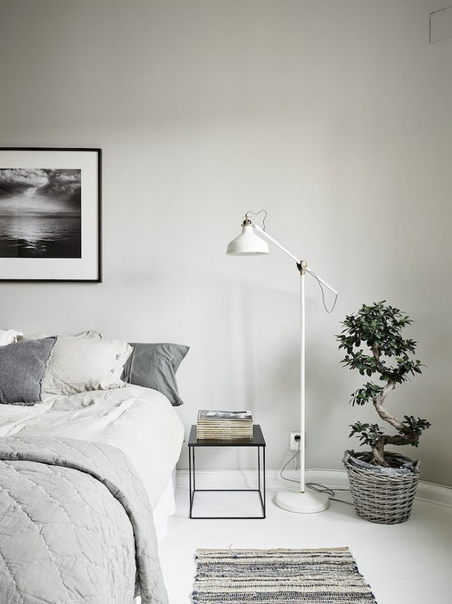 Scandinavische slaapkamer met een retro tintje