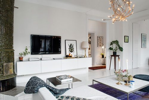Scandinavische woonkamer met arabisch tintje interieur inrichting - Witte muur kamer ...