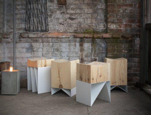 Serie houten krukken van IZLOM