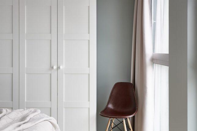 Grijze Muren Slaapkamer: Turquoise muur woonkamer kleurentrend ...