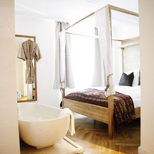 Slaapkamer idee n met bad interieur inrichting - Glazen kamer bad ...