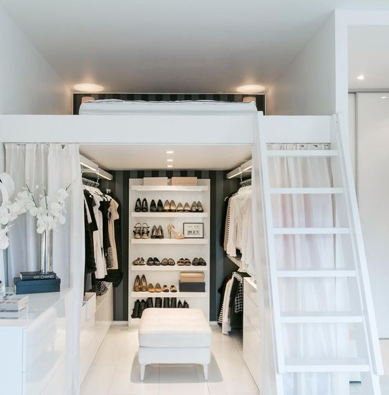 http://www.interieur-inrichting.net/afbeeldingen/slaapkamer-inspiratie-inloopkast-3.jpg