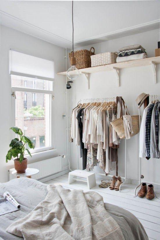 Slaapkamer inspiratie kledingrek