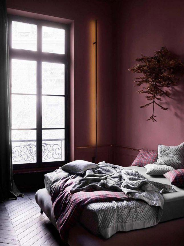 slaapkamer muurkleur inspiratie bordeaux rood