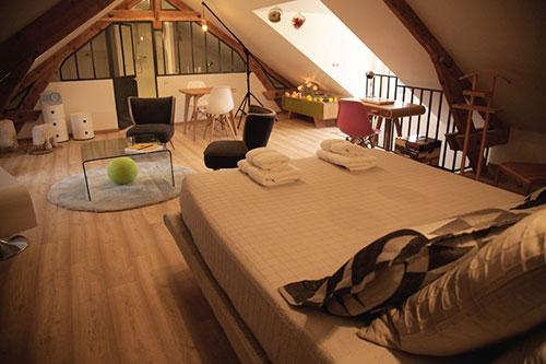 Slaapkamer op zolder bij een Franse B&B