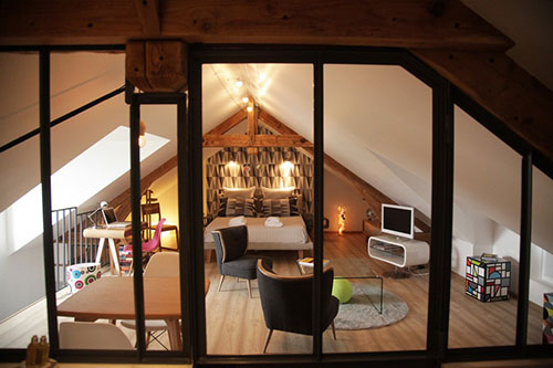 Zolder Slaapkamer Inrichten : Slaapkamer op zolder bij een franse b b interieur inrichting