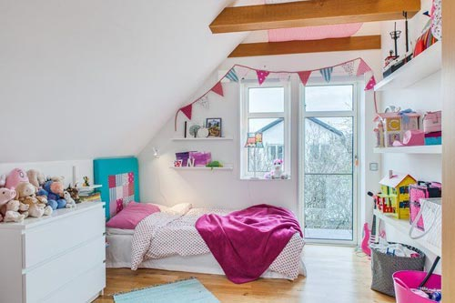 Slinger ophangen in de kinderkamer  Interieur inrichting