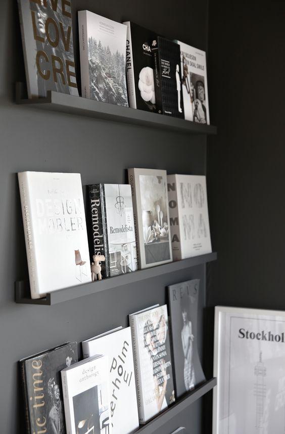 Smalle boekenplanken
