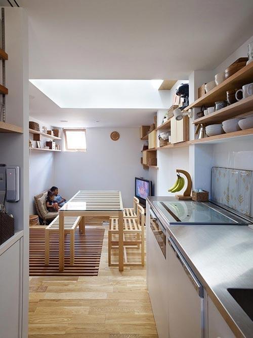 Kleine Smalle Keuken Inrichten : Smalle woning interieur door Fujiwaramuro Architects Interieur