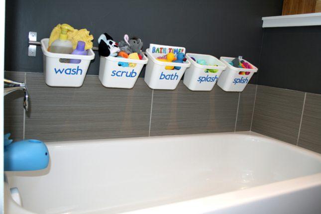 Speelgoed opbergen in de badkamer