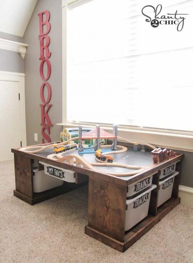 Speelgoed opbergen tafel met opbergruimte
