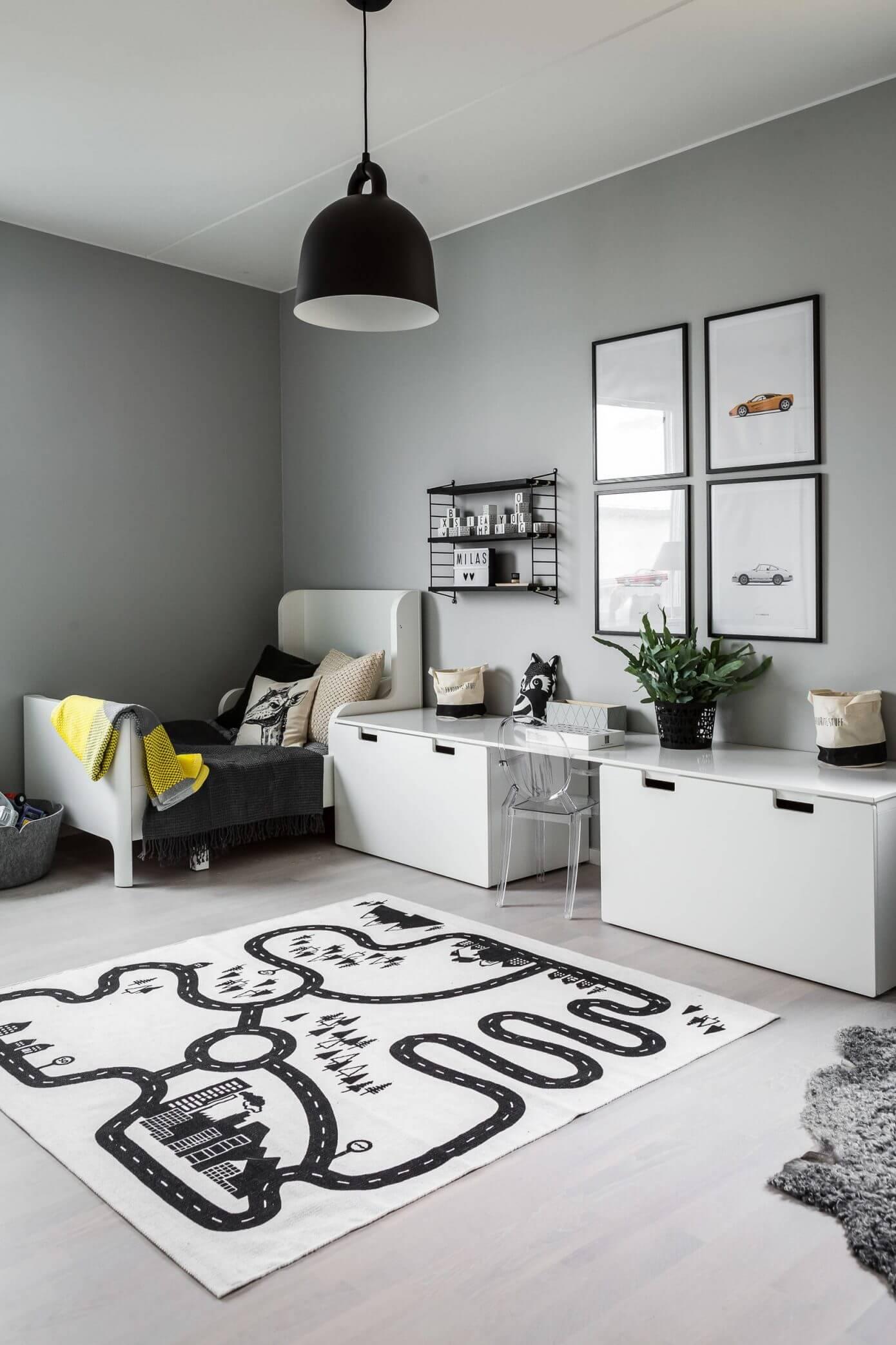 Leuke gedeelde kinderkamer in zwart, wit en grijs | Interieur inrichting