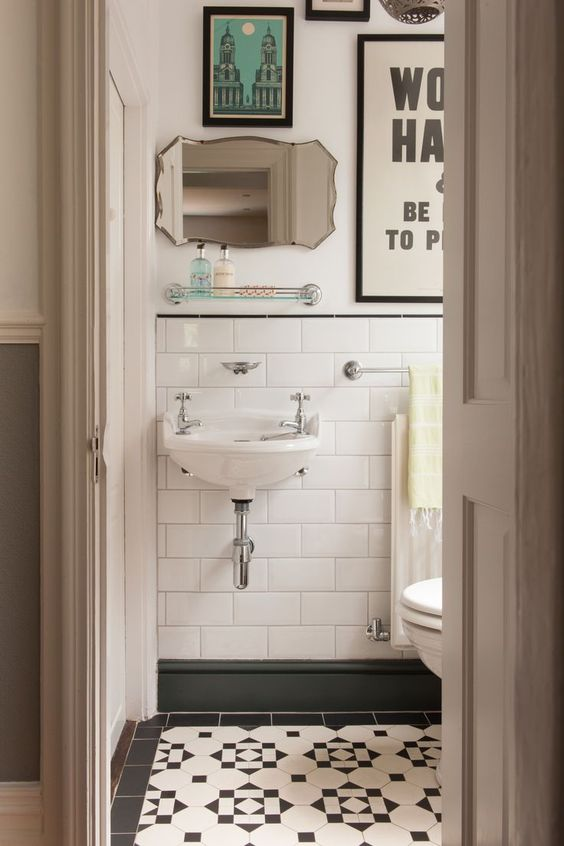 spiegel lijsten badkamer