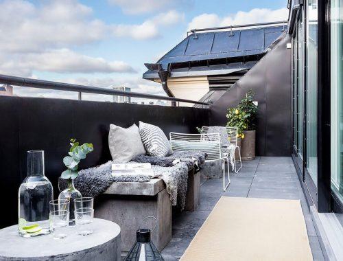 Stoer breed balkon