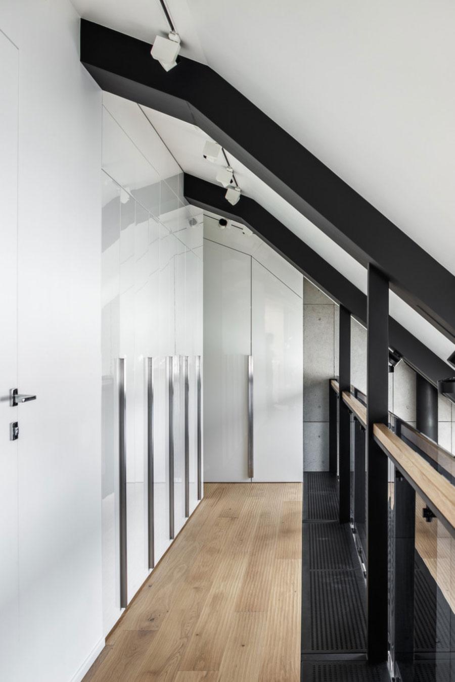 Stoer loft appartement met een industriële warme sfeer