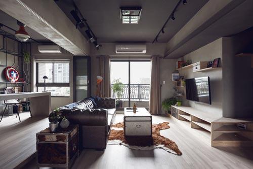 Stoere woonkamer met open kantoor
