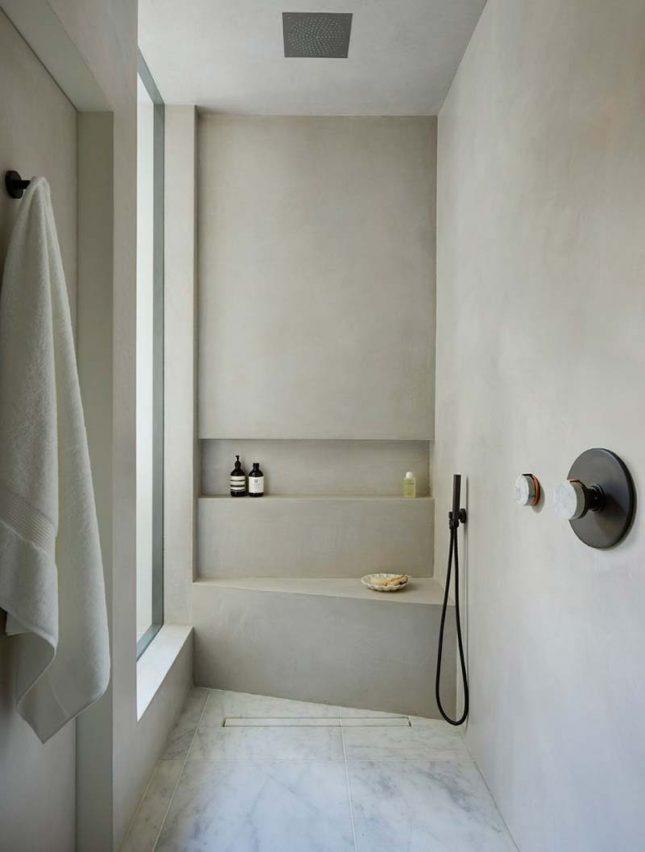 tadelakt badkamer lichtgrijs