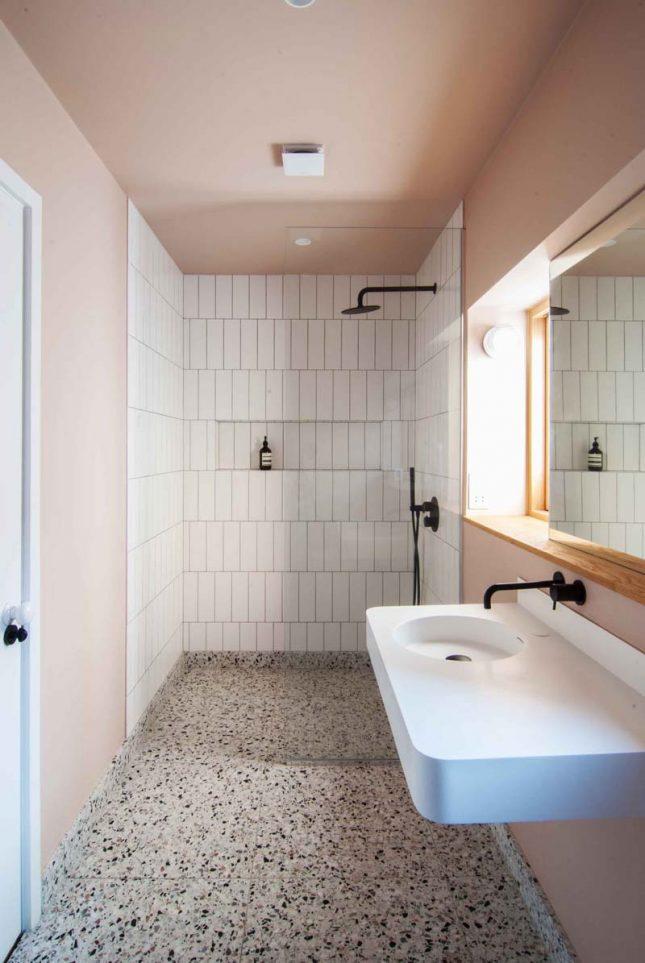 terrazzo tegels badkamer